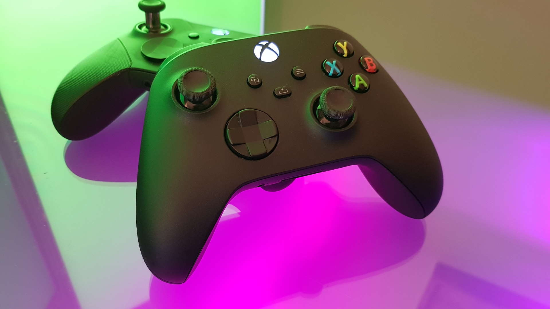 The Xbox Series X controller is superior to the Elite Series 2 in one crucial way