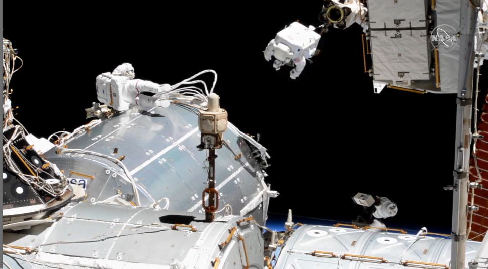 Spacewalking astronauts tackle European lab upgrade at space station