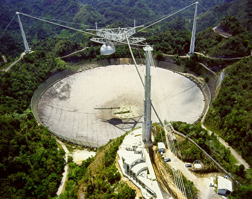 Arecibo Observatory in Puerto Rico suffers serious damage after cable breaks