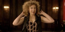 Sounds Like Doctor Who's Alex Kingston Really Wants River Song To Meet Jodie Whittaker's Doctor