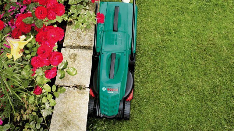 best electric lawn mower: Bosch Rotak 32 electric lawn mower
