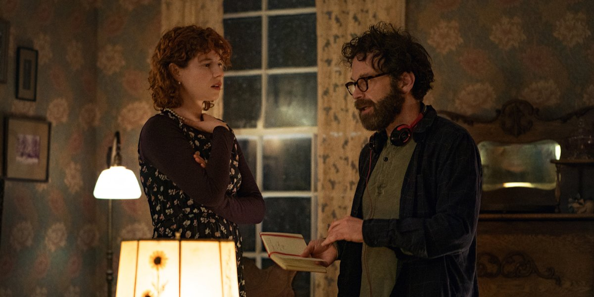 Charlie Kaufman and Jessie Buckley behind the scenes of I'm Thinking Of Ending Things