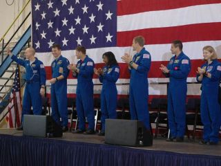 Shuttle Astronauts Hailed for 'Terrific Mission'
