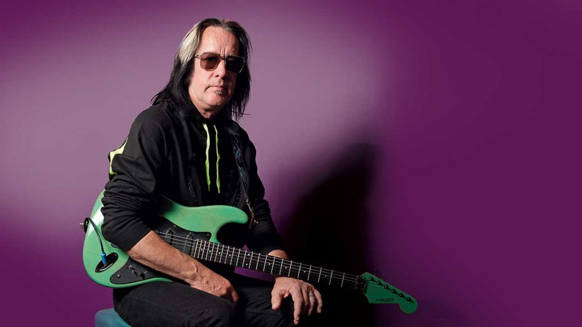 Todd Rundgren: hall of famer, singer, producer, songwriter... and guitar hero?