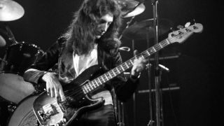 Lee Sklar, Mark King, Billy Sheehan and more on an unsung bass hero