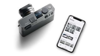 Pixii is here –the $3,000 camera with Leica mount, no LCD and no card slot