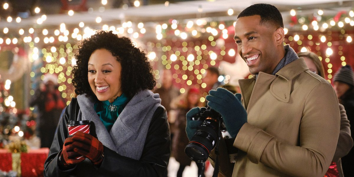a christmas miracle Tamera Mowry-Housley brooks darnell hallmark movies and mysteries