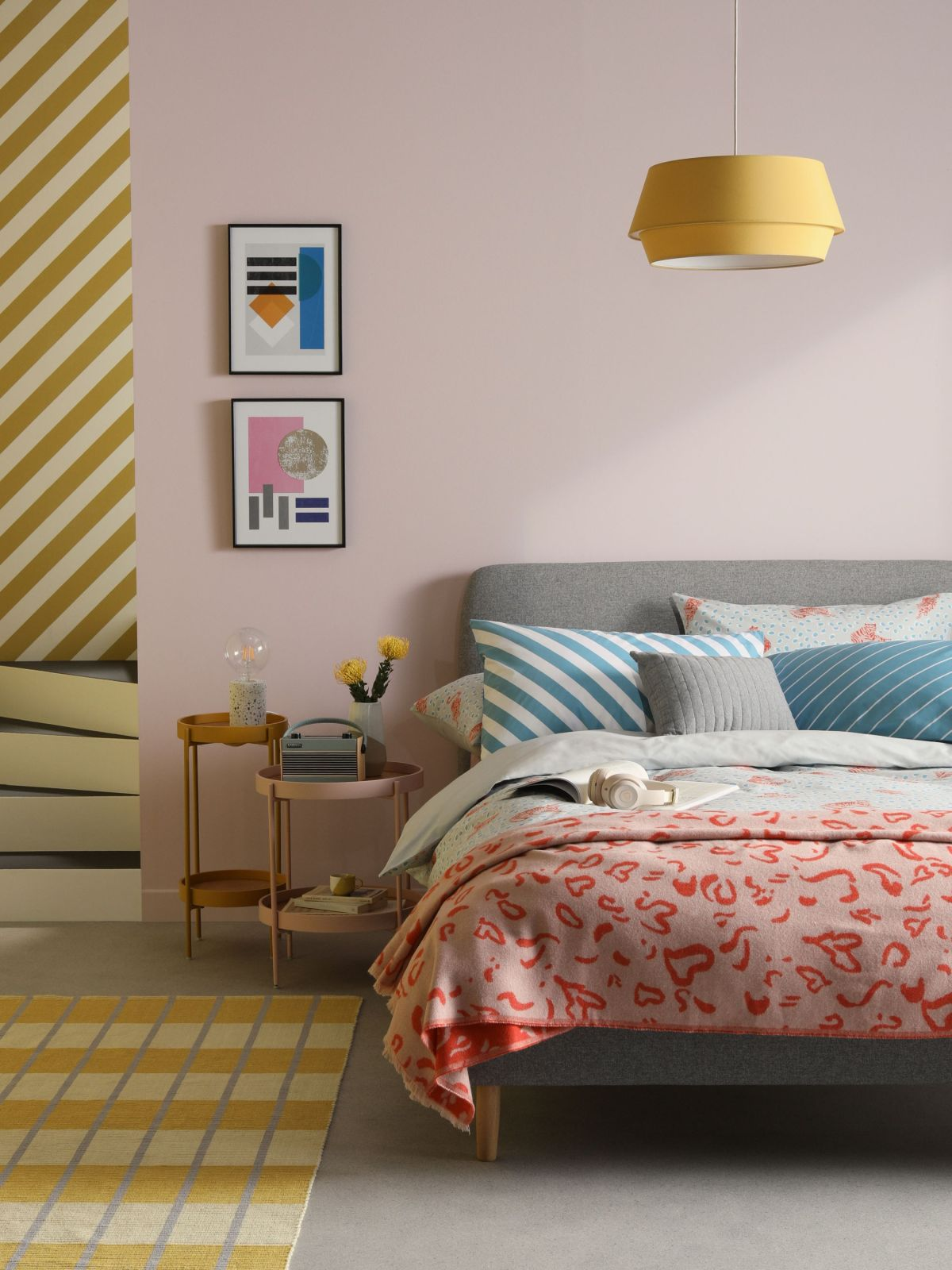 Small Bedroom Ideas: 14 Ways Create The Perfect Cosy Space