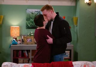 Victoria and Luke kiss in Emmerdale