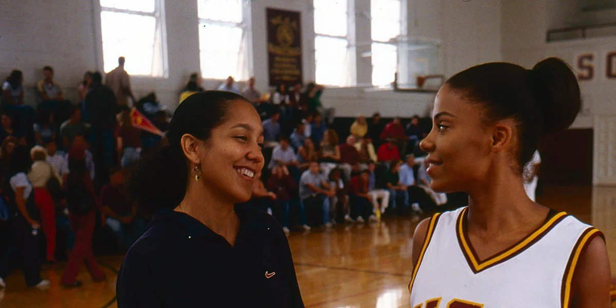 Sanaa Lathan on the right