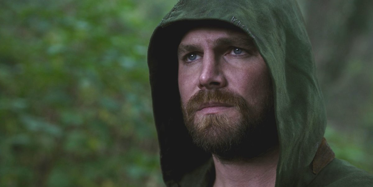 stephen amell arrow crisis on infinite earths crossover