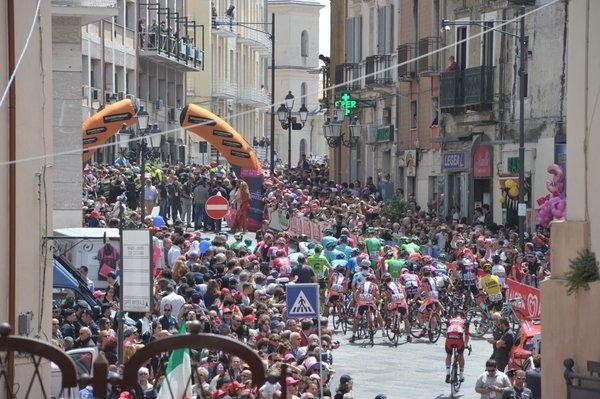 The huge crowds in Catanzaro