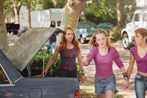 Holly Hunter,Evan Rachel Wood, Nikki Reed