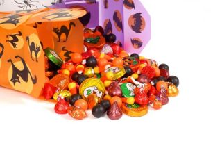 halloween-candy-101026-02
