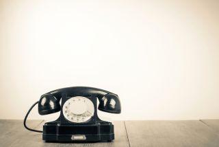 A retro telephone.