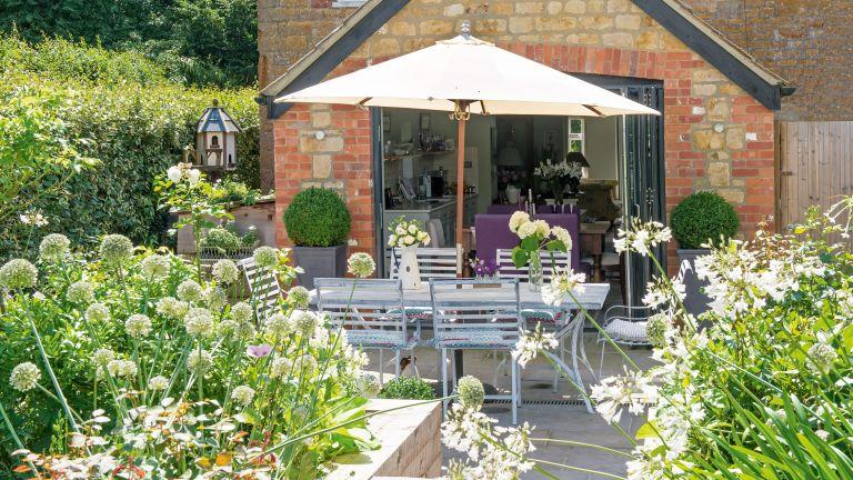 modern cottage garden