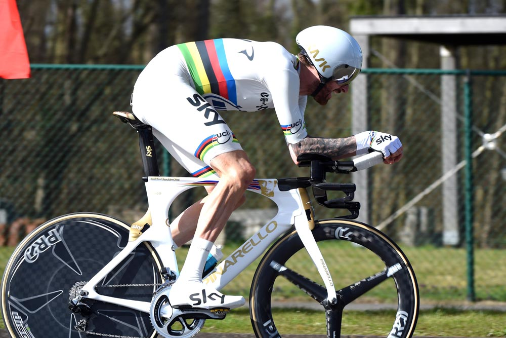 Bradley Wiggins S 10 Mile Record Attempt Everything You