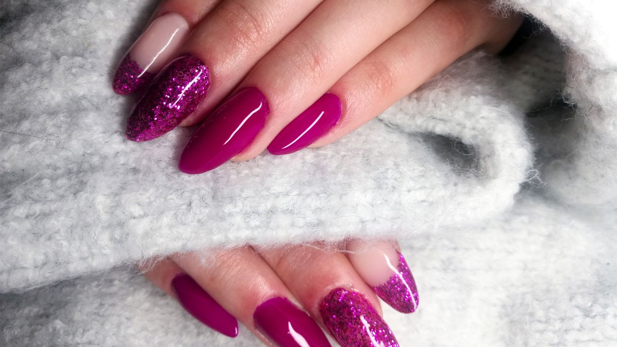 12 Christmas nail designs for the festive season