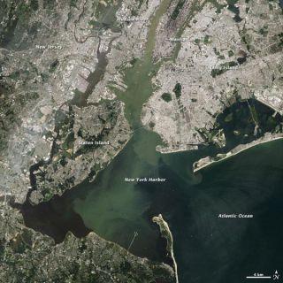 newyork-flooding-110931-02
