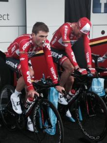 Maxime Monfort (Lotto-Belisol) warms up