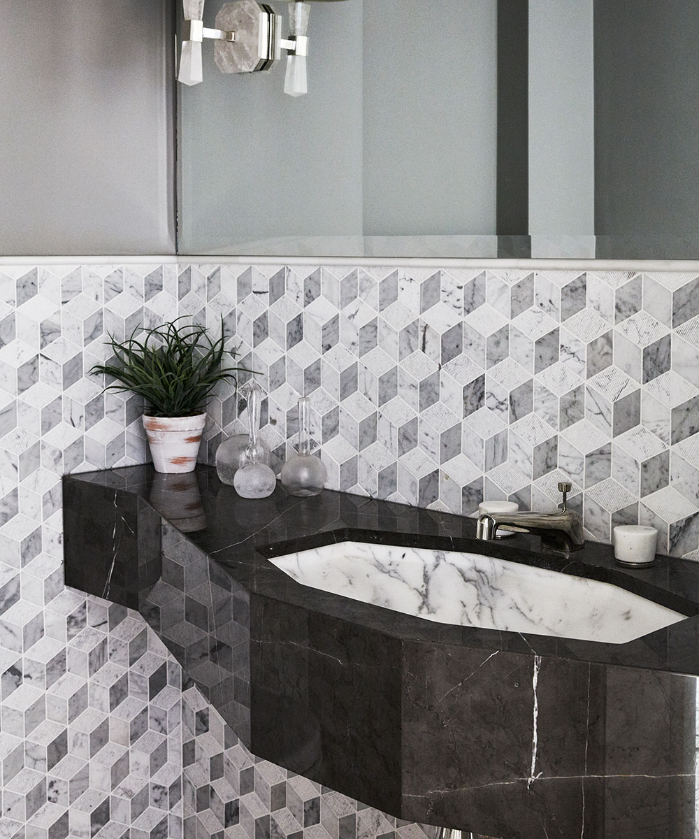 Small bathroom ideas – stylish solutions for tiny spaces