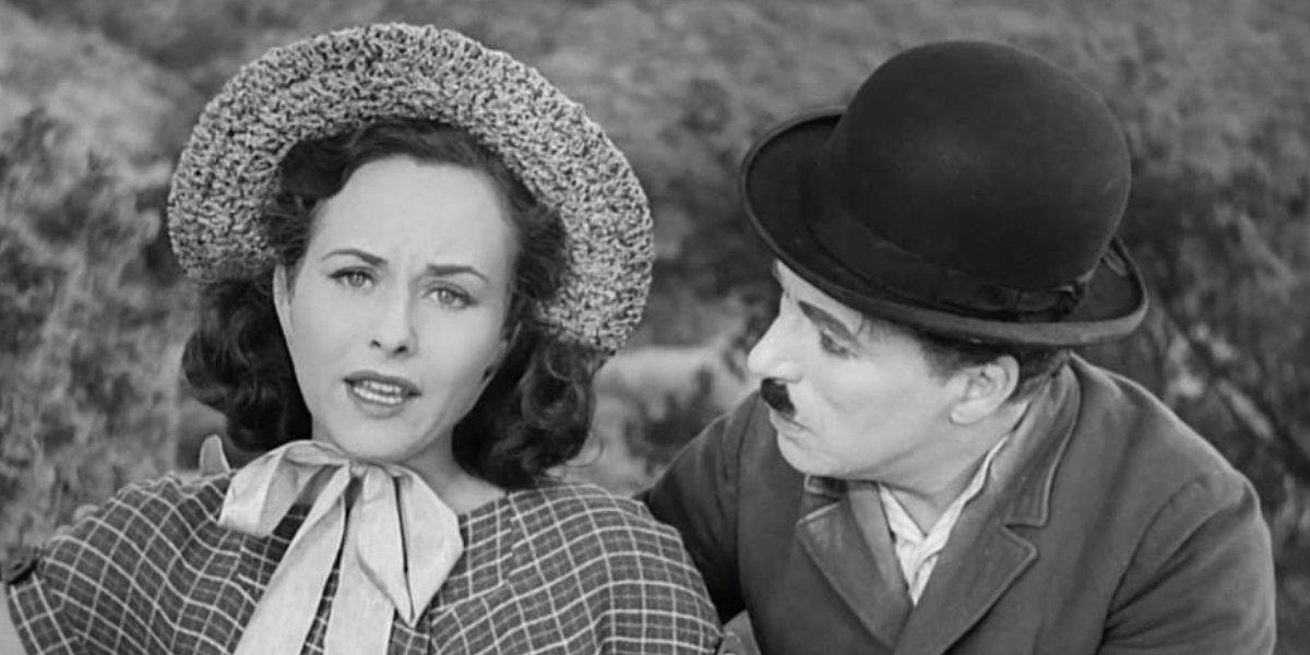Paulette Goddard and Charlie Chaplin in Modern Times