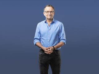 21 Day Body Turnaround is presented by Michael Mosley.