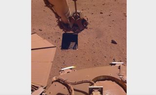 Dust has accumulated on the solar panels of NASA's InSight Mars lander, significantly decreasing the spacecraft's power supply.