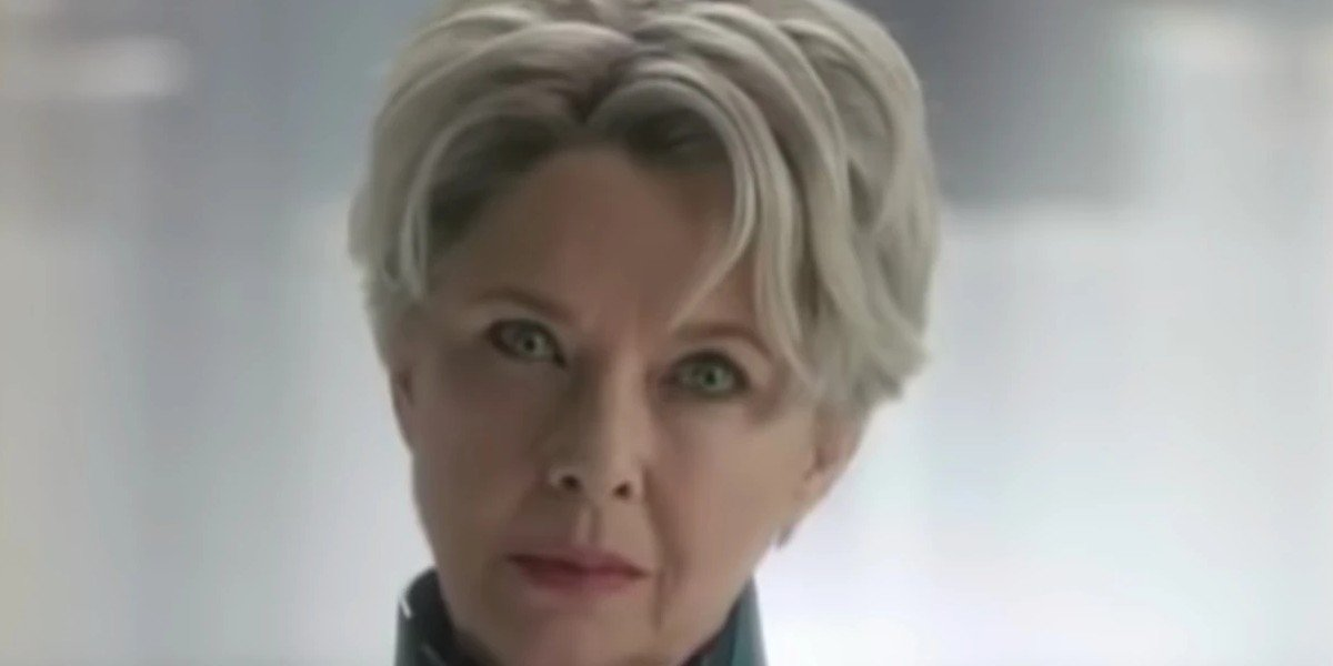 Annette Bening as Supreme Intelligence