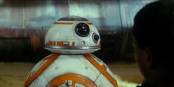 BB-8 talking to Finn