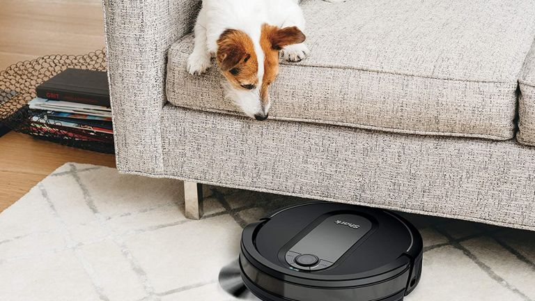 Shark robot vacuum on sale at Amazon Warehouse