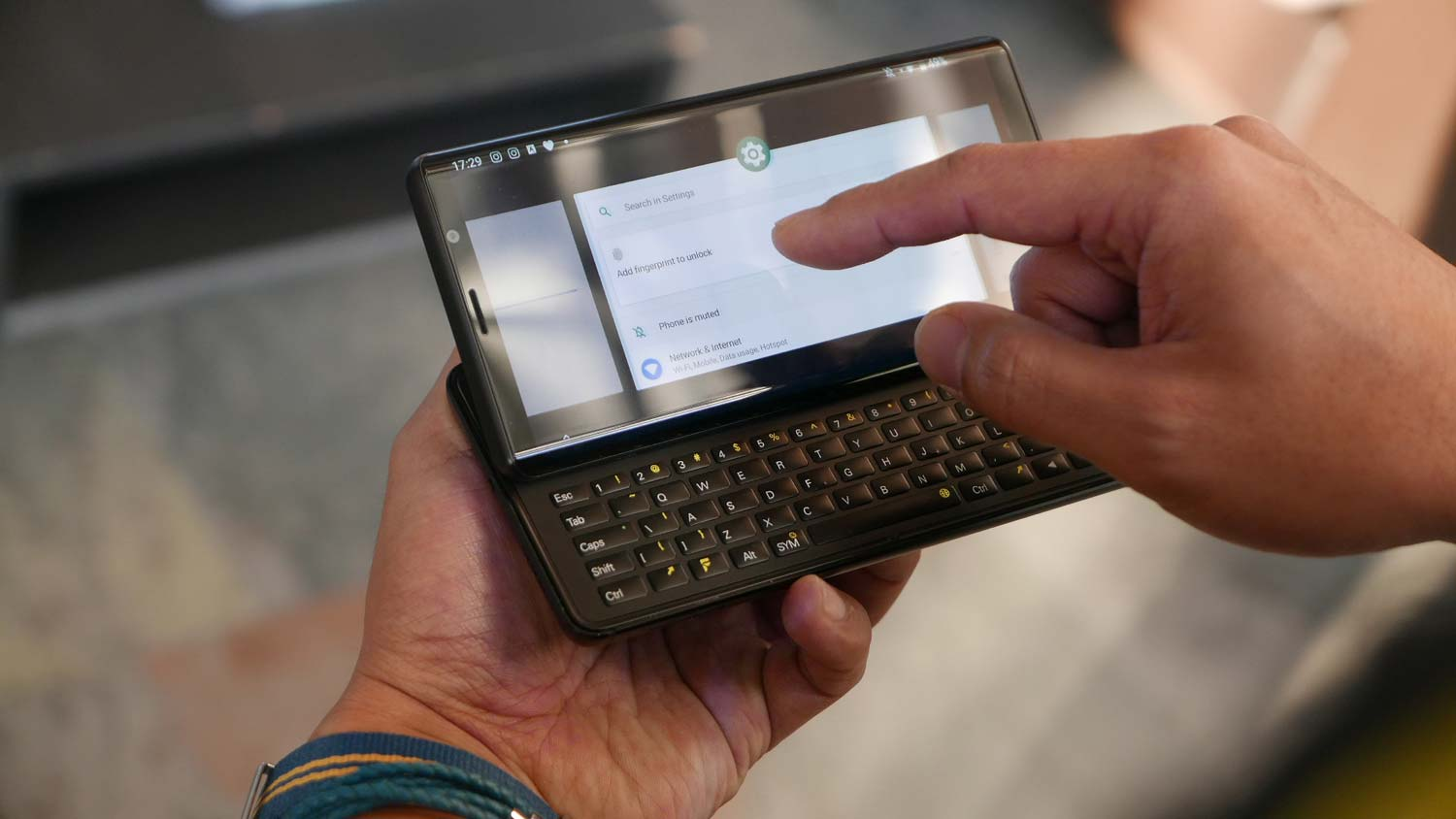 9468c718e0d F(X) Pro 1 Hands-On: This Android Phone Has a Sliding QWERTY Keyboard |  Tom's Guide