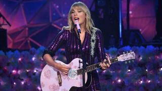 Taylor Swift performs live