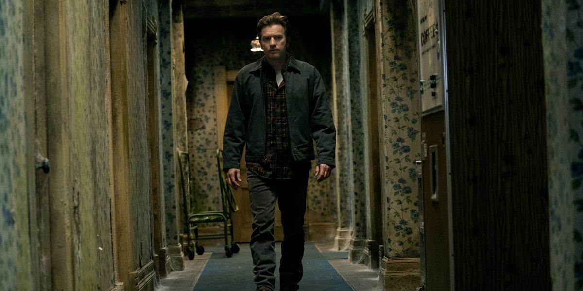 Dan Torrance walks the halls of the Overlook Hotel in Doctor Sleep