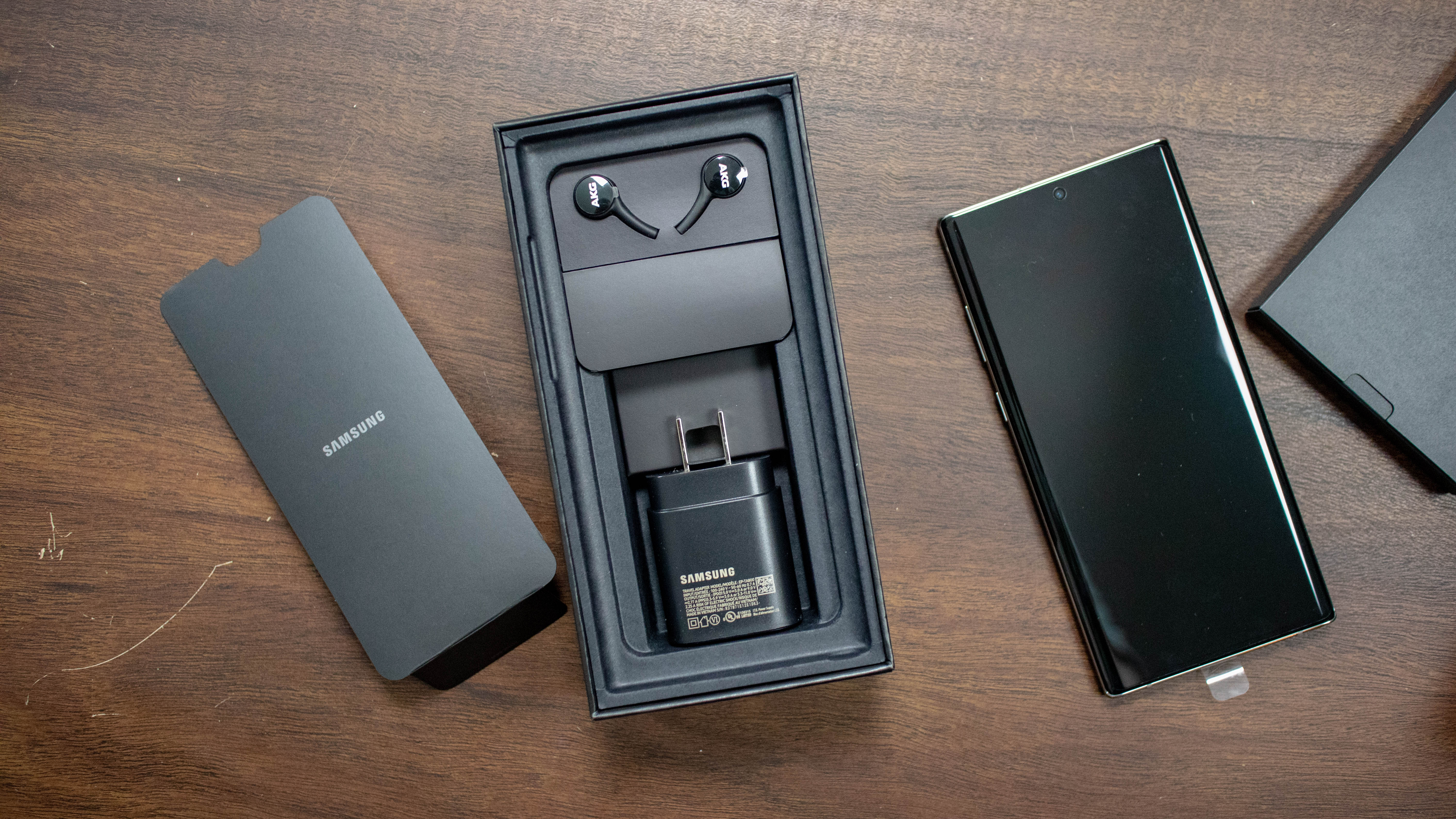 Samsung Galaxy Note 10 unboxing