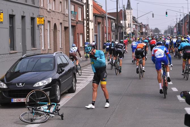 Matti Breschel (Astana) caught up in an early crash in the E3 Harelbeke