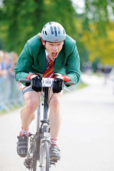 Hutch Brompton world champ, Andy Jones' photos of 2011