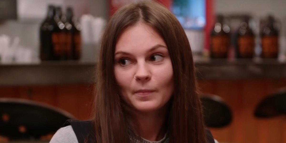Julia looking pissed at Brandon 90 Day Fiance: Happily