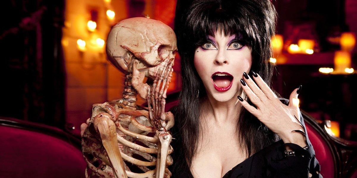 Elvira Cassandra Peterson Elvira's Movie Macabre