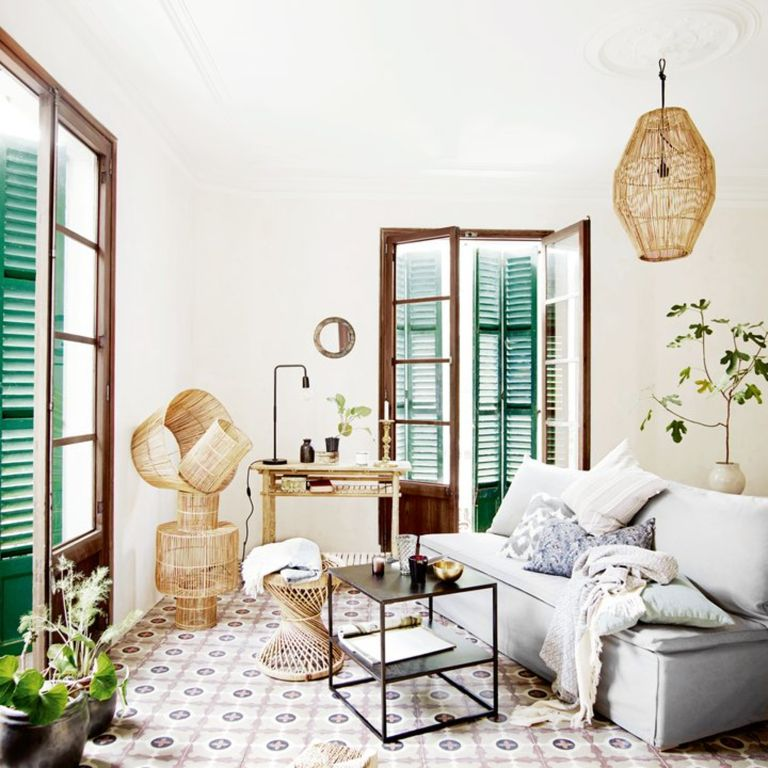 Sall apartment with boho style