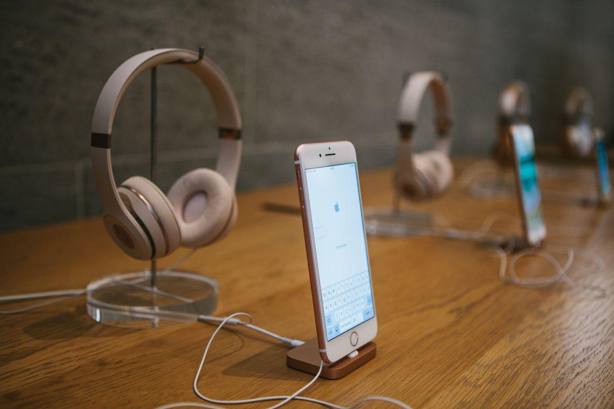 Killer Deal: Beats Solo3 Wireless Headphones Now $129