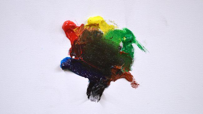 percikan warna cat