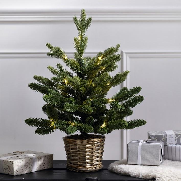 the white company pre-lit christmas tree
