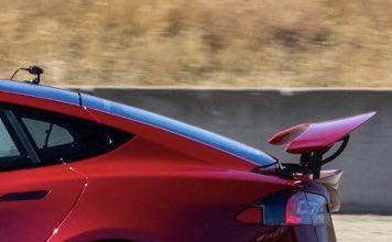Tesla Model s Plaid Spoiler