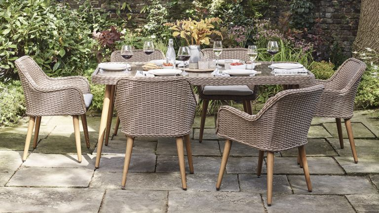 Best outdoor dining sets: