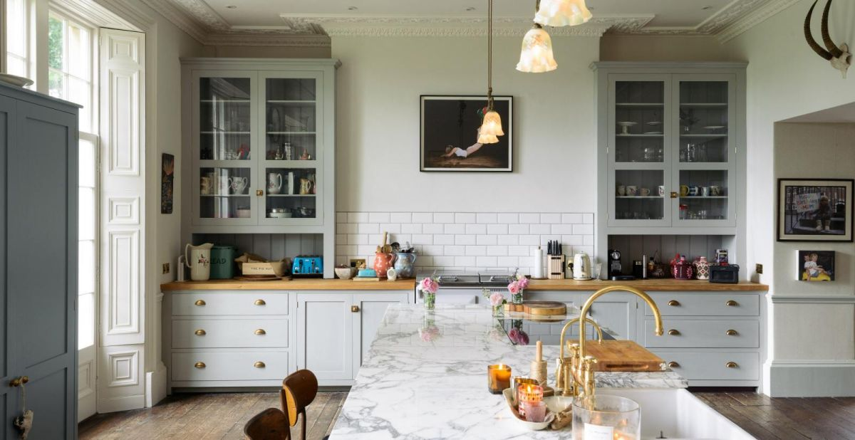 25 Grey Kitchen Ideas That Prove This, Light Grey Kitchen Cabinets What Colour Walls