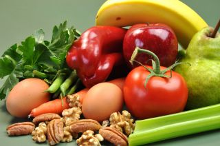 Healthy foods include nuts, peppers, tomatoes, carrots and bananas.