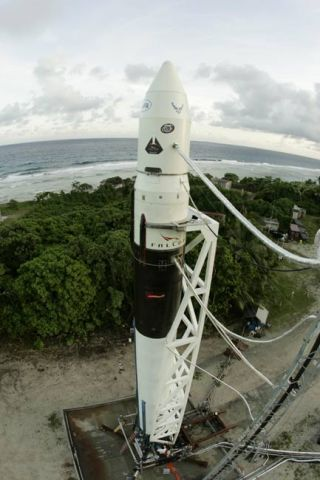 SpaceX Delays Inaugural Falcon 1 Launch at Least One Day