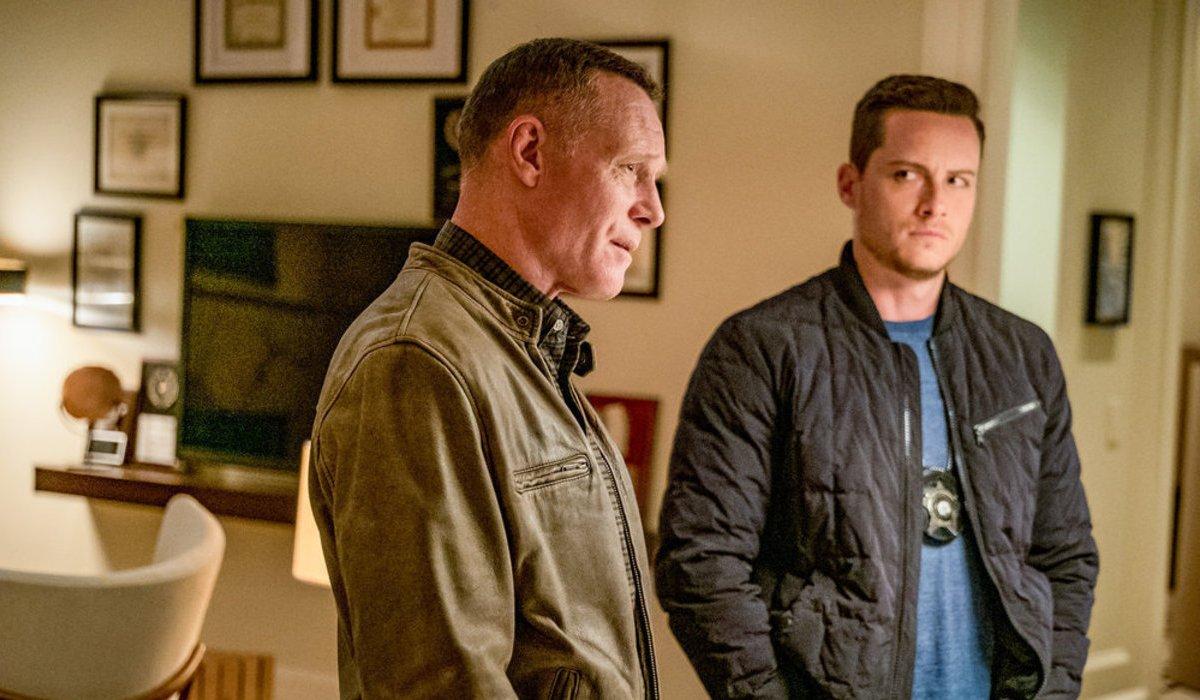 chicago pd season 7 premiere doubt hank voight jay halstead nbc
