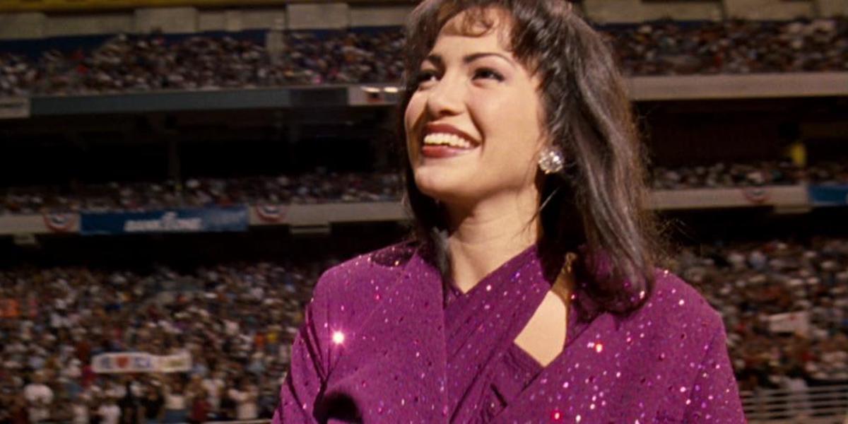 Jennifer Lopez as Selena Quintanilla-Pérez in Selena 1997, Houston Astrodome
